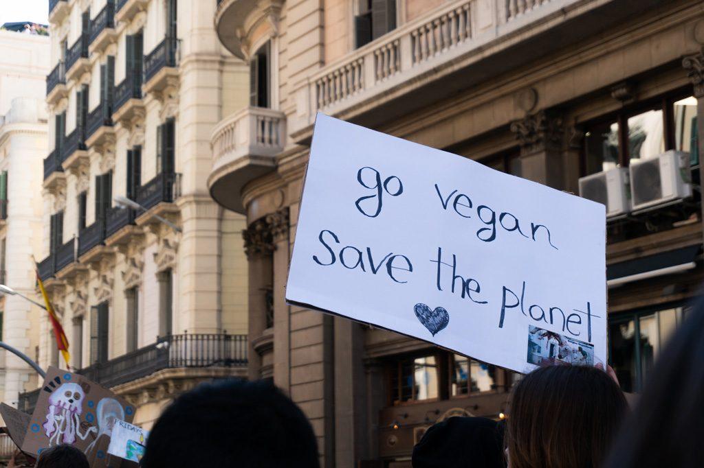 Hazte vegano. Salva el planeta.
